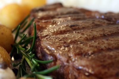 Pan Seared Ribeye Steak W Red Wine Mustard Pan Sauce